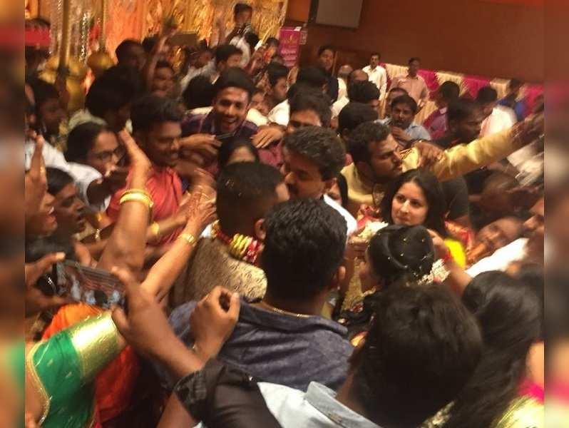 Vijay gets mobbed and injured at a wedding