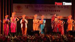 Salute to women power through Powada at Pune Festival