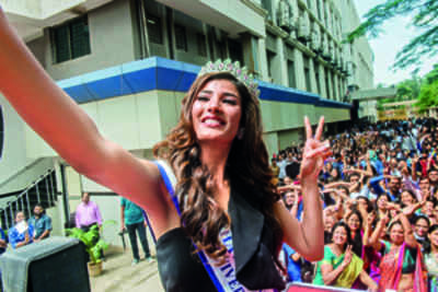 Miss Diva Universe 2018 Nehal Chudasama goes back to her school and college