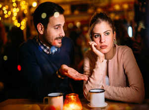 Signs that your partner is losing interest in you