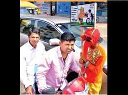 Ganpati come out to spread safety message