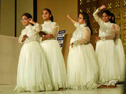 Jaipur children present a gala evening for cine star Salman Khan