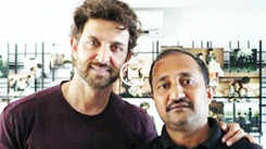 Super 30: Hrithik Roshan doesn't want to involve Anand Kumar in promotions