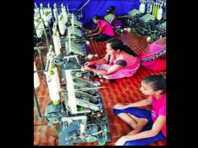 Rural women spin success tales with solar charkha | Surat