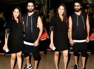 You can't miss Shahid-Mira's look on first date post baby Zain