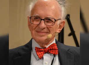 Nobel Laureate neuroscientist writes about the mind