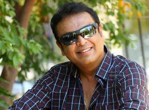 Naresh reveals his role in Nagarjuna and Nani's 'Devadas'