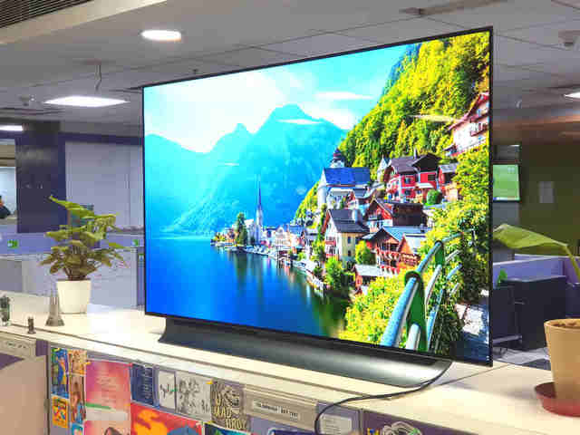 Lg Oled C8 Thinq Tv Review 4k Tv Done Right Gadgets Now