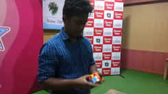 Student from SRM Eswari takes Rubik Cube challenge