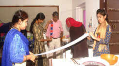Participants learn new ways of tie and dye printing at Jawahar Kala Kendra