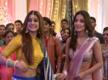 Hina Khan arrives for Zoya Aditya s reception in Bepannaah