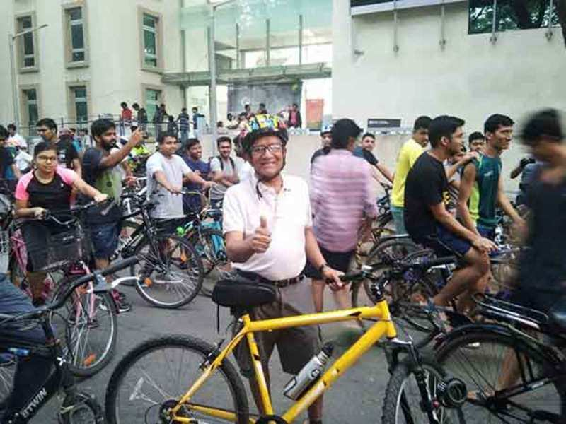 Participants all set at the start of the cyclothon