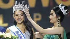 Kimi Mugford crowned Miss Multinational Philippines