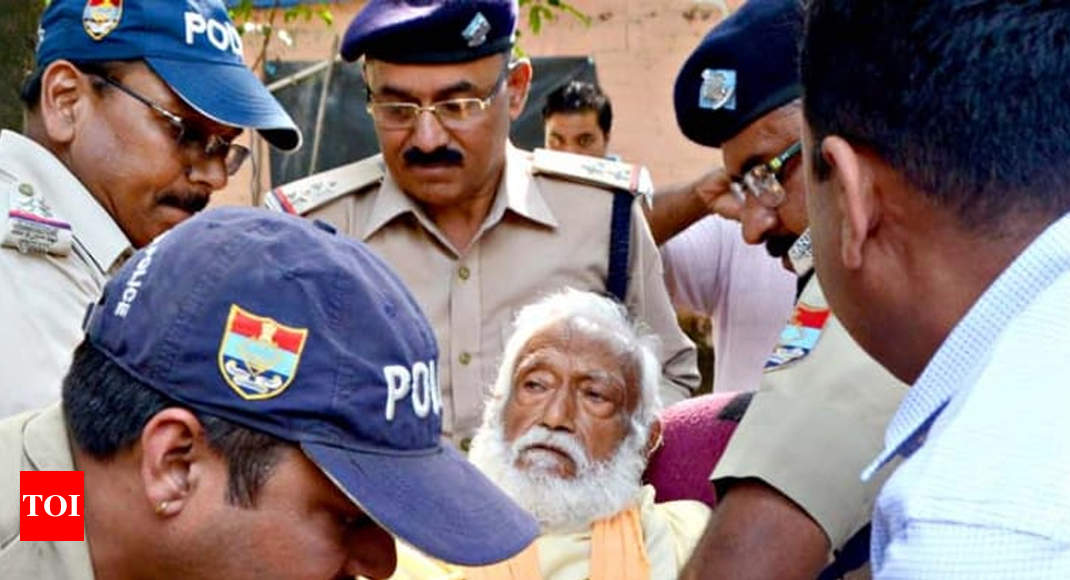 On fast since June 22 to save Ganga, Professor GD Agarwal dies at 87 - Times of India
