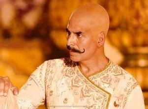 Akshay to flaunt a bald look in Housefull 4?