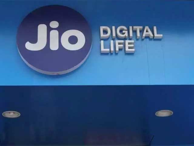Reliance Jio reports Q2 net profit of Rs 681 crore; ARPU declines