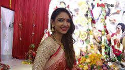 Pooja Banerjee celebrates Durga Puja in Delhi