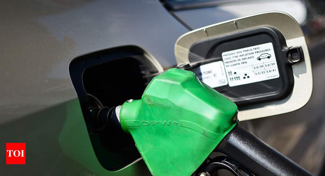 Petrol, diesel rates dip further in Mumbai | Mumbai News