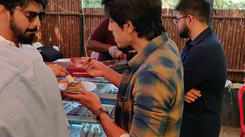 Actor Mahat and Shariq shares the food at a pop-up show in Chennai