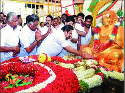 AIADMK DMK vie to take credit for honouring Muthuramalinga