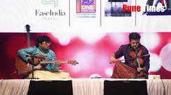 Albela sajan aayo re by Rajas Upadhye and Prateek Rajkumar at Swara Deepawali