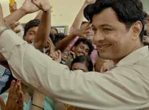 Director Abhijeet Deshpande talks about Ani…Dr. Kashinath Ghanekar