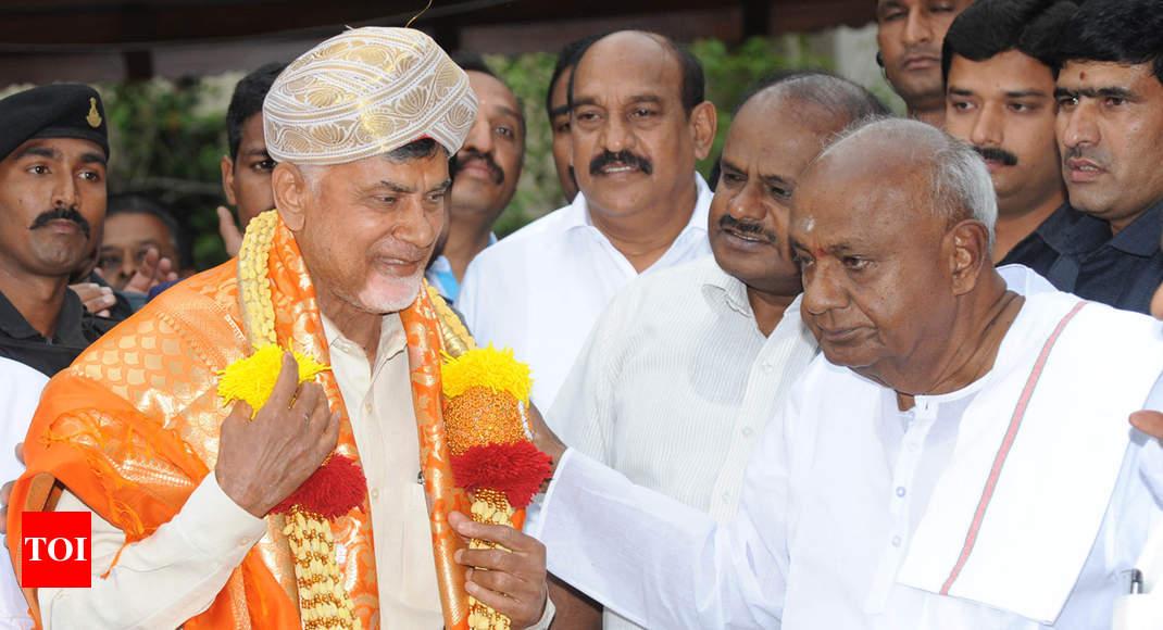 Chandrababu Naidu, HD Deve Gowda talk anti-BJP alliance