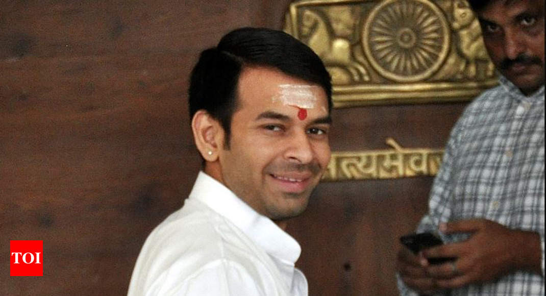 Won't return home till family backs decision to seek divorce: Tej Pratap - Times of India