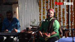 'Umalale abhal bhar he' by Jasraj Joshi