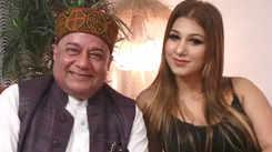 Ghazal singer Talat Aziz reacts on Anup Jalota-Jasleen Matharu's relationship