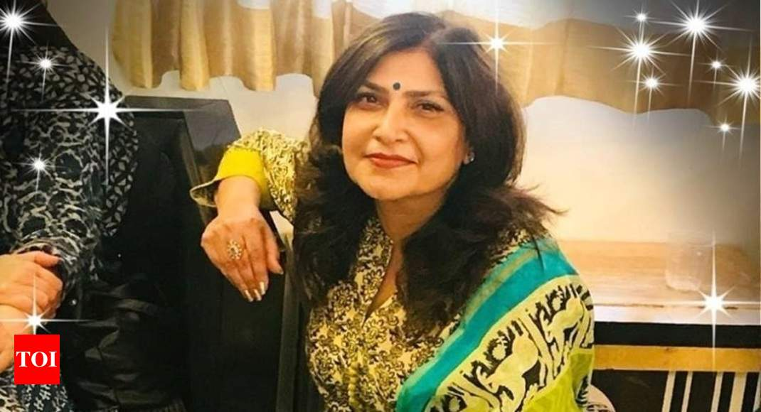 50-year-old fashion designer Mala Lakhani and her servant found murdered in Vasant Kunj thumbnail