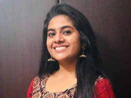 Nimisha plays a schoolgirl in Chola