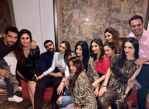 Malaika-Arjun strike a pose at get-together