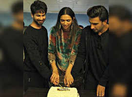 Shahid welcomes DeepVeer to the 'taken' club