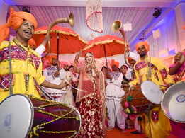 Fewer dates make it a busy wedding season for Amdavadis