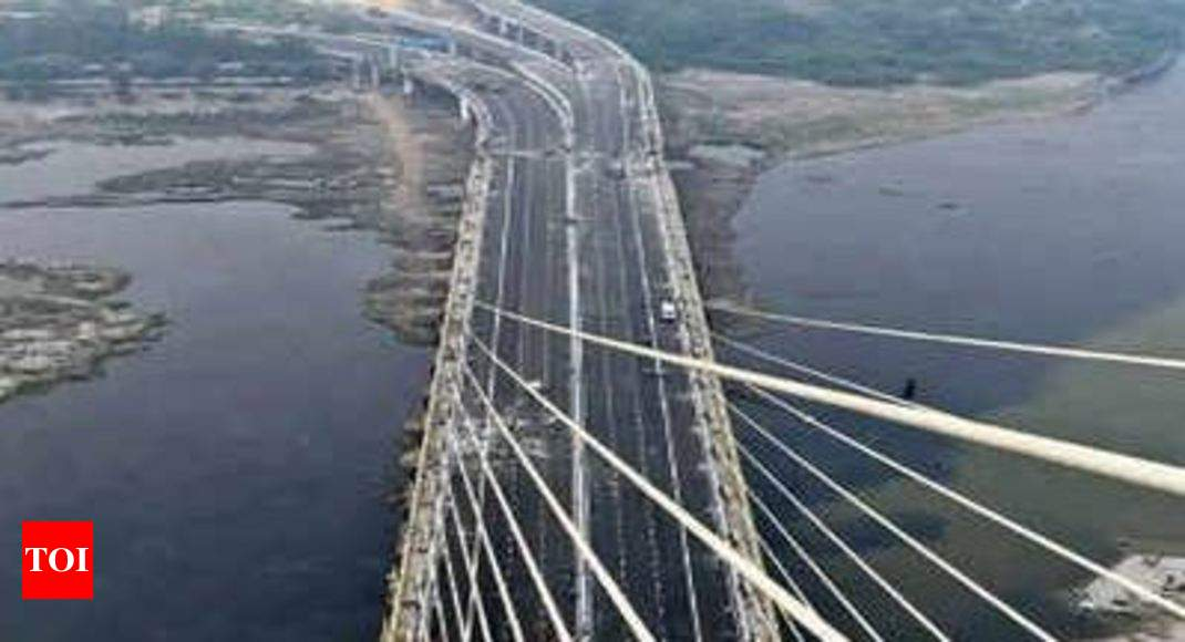 Signature Bridge Delhi: Changes mooted to stop accidents ...