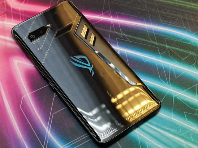 0116d2998 Asus ROG gaming smartphone  Asus ROG gaming smartphone launched in ...