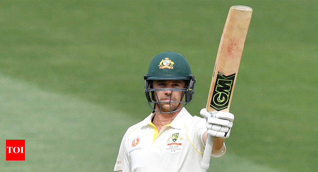 Head holds on to give Australia hope in Adelaide