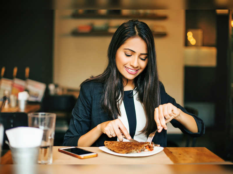 US-based nutrition asks you to do THIS before your meals to lose weight