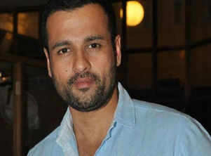 Rohit Roy on his dark, grim character in upcoming thriller 'Arokto'