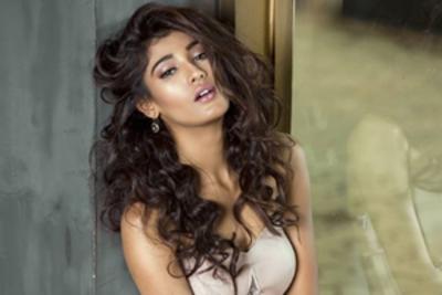 India prays for Nehal Chudasama's victory at Miss Universe