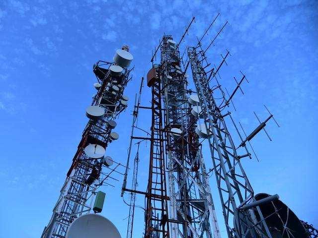 Japan's top 3 telcos to shun Huawei, ZTE network equipment -Kyodo