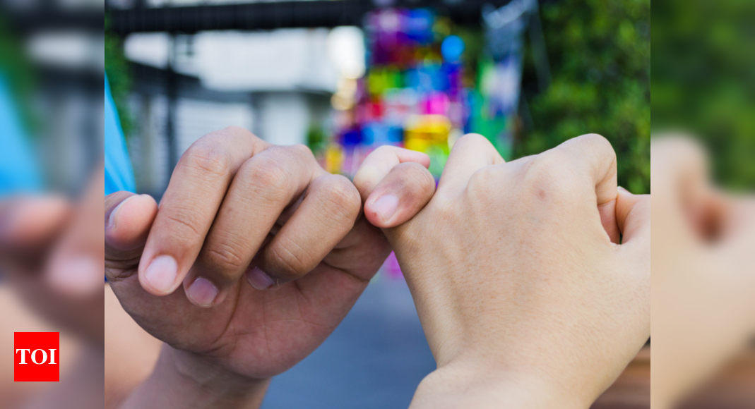 You Will Never Break A Pinky Promise Again If You Know About Its Scary Origin Times Of India