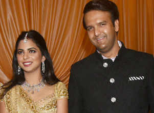 Who wore what at Isha Ambani-Anand's reception