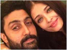 Abhishek Bachchan's leaves a cute comment on Aishwarya Rai Bachchan's picture
