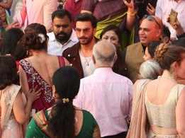 Photos: Ranveer Singh gate-crashes a wedding during 'Simmba' promotions