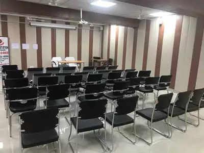 Delhi Police starts free of cost study centre for slum