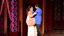 Suspense, secrets and suspicion set the mood right on Jaipur stage