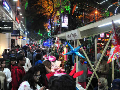 Park Street Kolkata During Christmas.Security Beefed Up In West Bengal For Christmas New Year