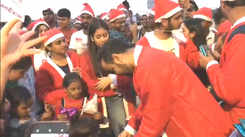 Mumbaikars turn Santa for street kids
